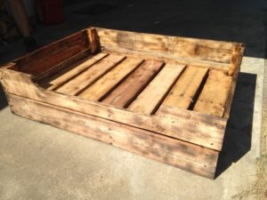Solid pallet wood dog bed